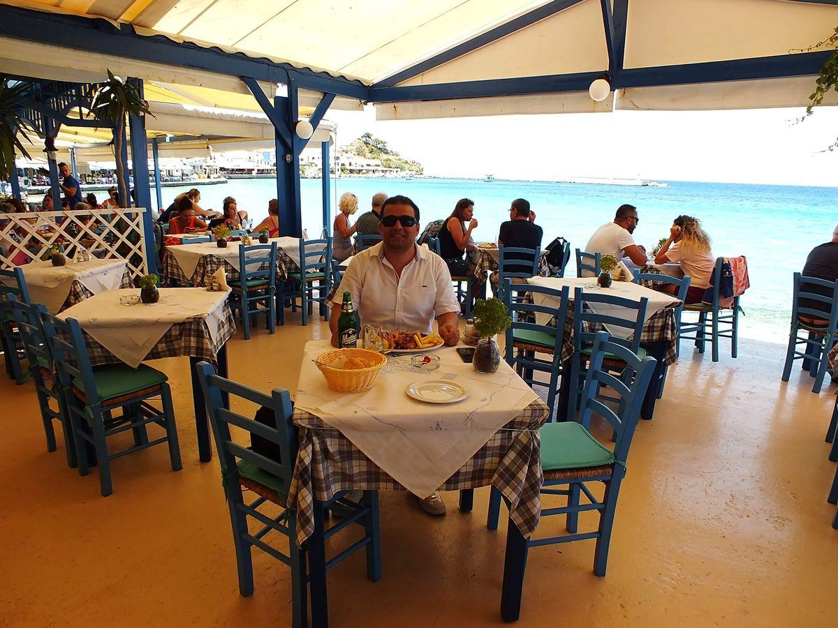 Kokkari'de Ne Yenir? Nerede Yenir? Apollon Restaurant