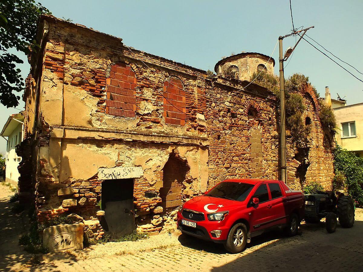 Tirilye Gezisi Kemerli Kilise