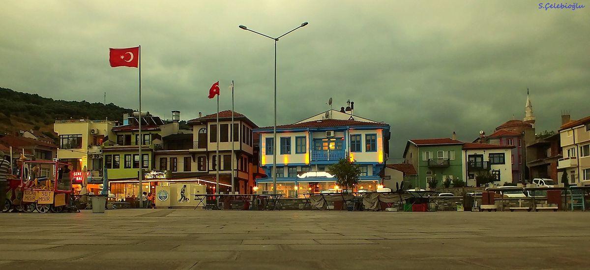 Atatürk Meydanı