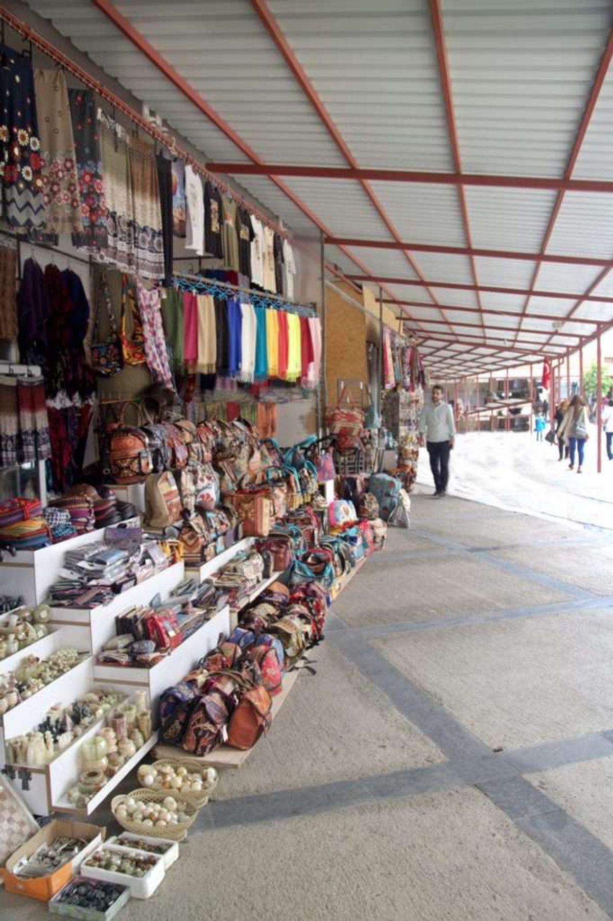 Kaymaklı Yeraltı Şehri Satılık Oniks Taşları